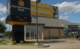 First Merchants Karl Road Banking Center in Columbus OH | Banks Near Me